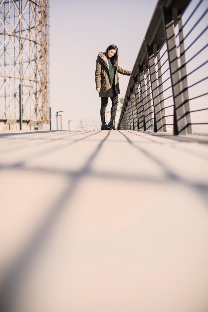 Lavinia Guglielman sul Ponte della Musica a Roma per Desigual