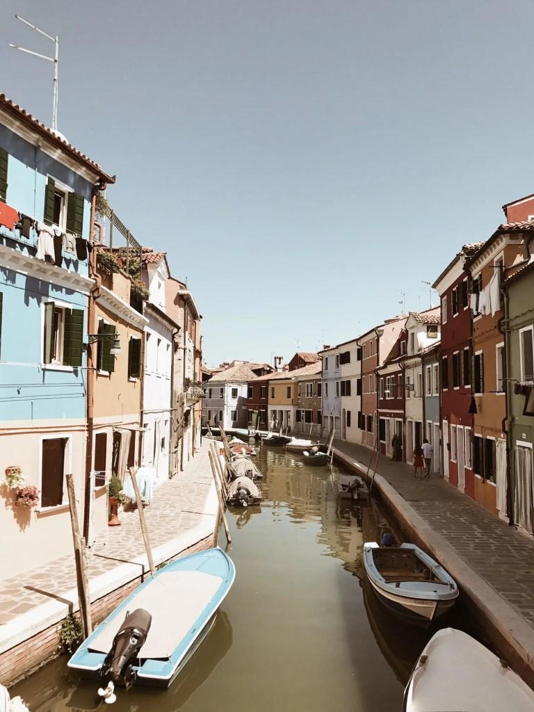 Scorci e canali di Burano