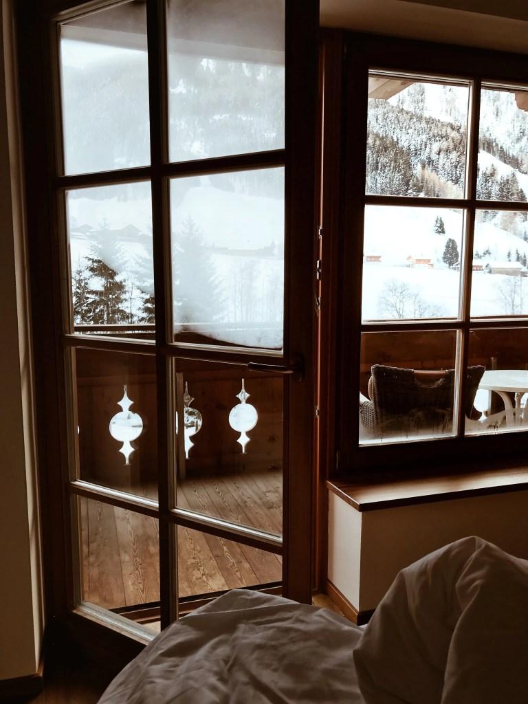 quelle resort, suite con neve e vista sulla montagna