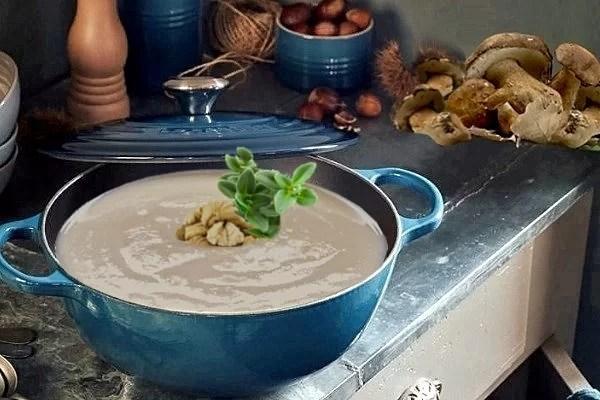 Zuppa vellutata di castagne e funghi
