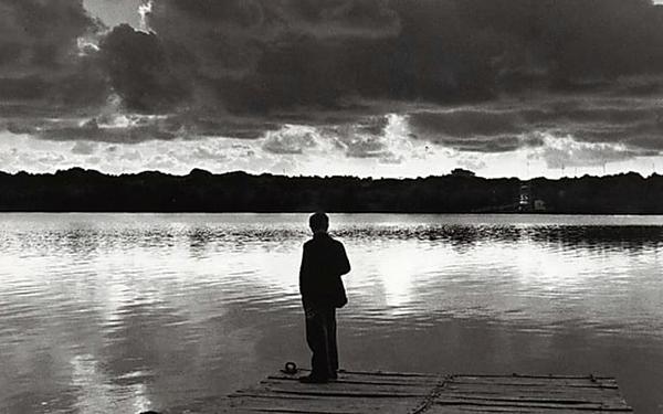 """""""Non ho smesso di pensarti.."""" di Charles Bukowski"""