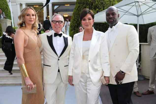 Dee Ocleppo, Tommy Hilfiger, Kris Jenner and Corey Gamble al amfAR Cannes Gala 2019 tenutosi aall'Hotel du Cap-Eden-Roc a Cap d'Antibes, France. (Photo by Gisela Schober/Getty Images for amFAR)