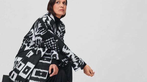 ALEKSANDRAVIKTOR collezione di cappotti primavera-estate 2021