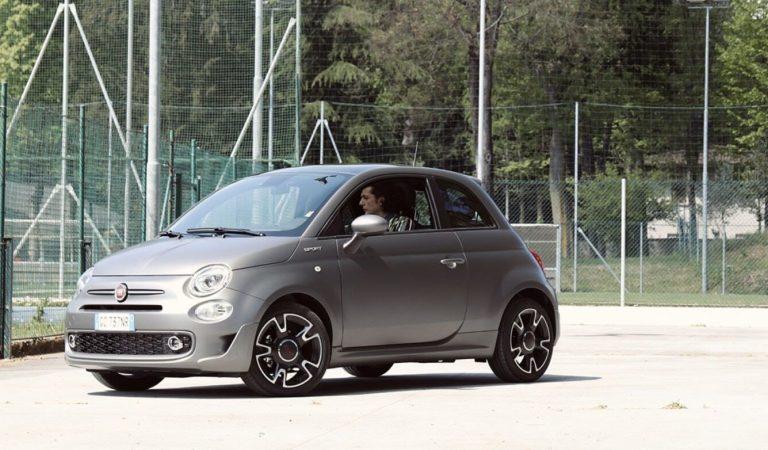 Il nuovo spot di Fiat 500 Sport Hybrid con Ermal Meta: le nuove tecnologie a portata di tutti