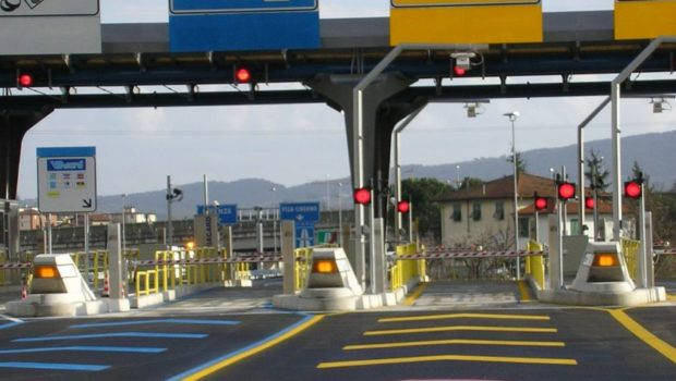 Aumento pedaggi autostradali da 1 dicembre 2018: da Tivoli a Roma Est (4,5 km) si paga 2,20 euro