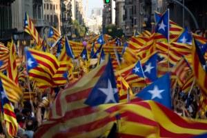 1.-9.-Banderas-esteladas-independistas-en-la-manifestación-catalana.