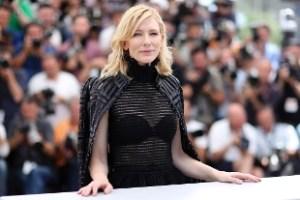 Cate Blanchett (46) ,tra le più grandi interpreti del cinema moderno, ha dichiarato, venendo travisata di aver amato molte donne nella propria vita. Ha zittito le voci di omosessualità chiarificando con un laconico >