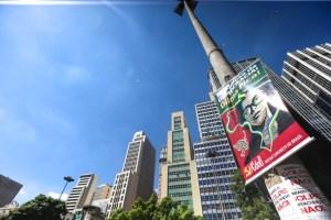 São Paulo 17/04/2016 Ato dos Movimentos Sociais em Defesa da Democracia , no Vale do Anhangabau. Foto Paulo Pinto/Agencia PT