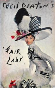L'attrice britannica Audrey Hepburn (1929-1993) mentre indossa il celebre abito bianco e nero