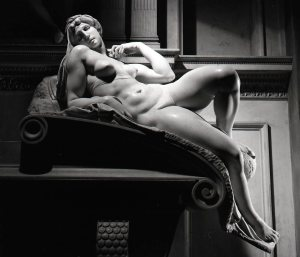 Michelangelo - L'aurora - Cappelle medicee