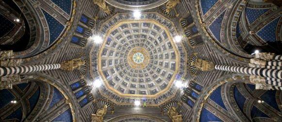 Il Duomo di Siena riapre la sua porta del cielo