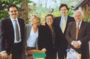 Una foto della famiglia Marcucci. Da sinistra Andrea e Marialina. A destra Paolo e Guelfo Marcucci
