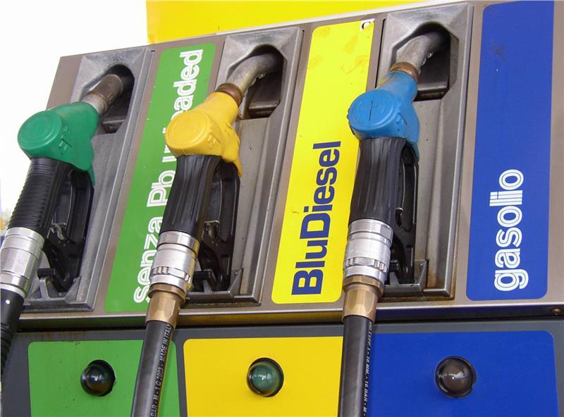 26 giugno, confermato sciopero benzinai