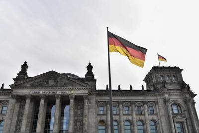 Germania: anche Merkel colpita da attacco ai dati