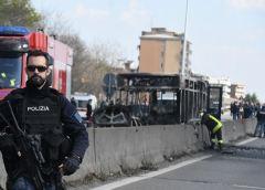 San Donato Milanese: per vendicare morti in mare incendia il bus che guidava. Rischio attentato a Linate?