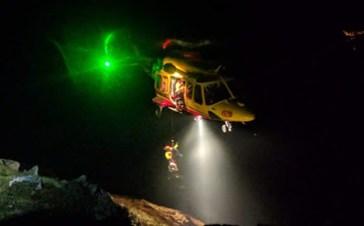 Sfinito non riesce più a proseguire: 19 enne salvato dal soccorso alpino sulla Presanella