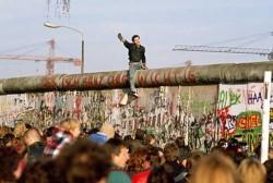 La Voce di Maruggio e il «muro dell'odio».