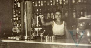 Il giovanissimo Toto Giorgino nel Bar Lux agli inizi degli anni '50
