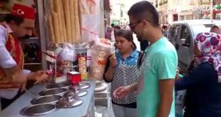Il mago dei gelati: incredibili giochi di prestigio di un gelataio turco