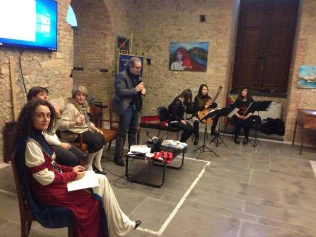 Cosenza, serata commovente raccontando la storia d'amore di Isabella Morra e Diego Sandoval di Castro