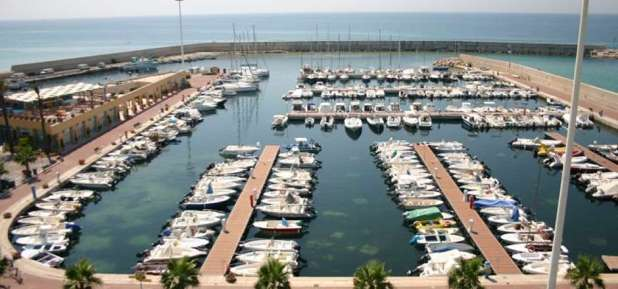 Brutta notizia per l'Amministrazione del Comune di Maruggio, la Regione Puglia rivuole 2,8 milioni di euro di finanziamenti del porto di Campomarino