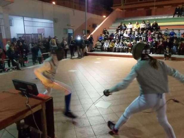 """Il Liceo De Sanctis Galilei partecipa al progetto """"Fencing for change – una stoccata per la vita"""""""