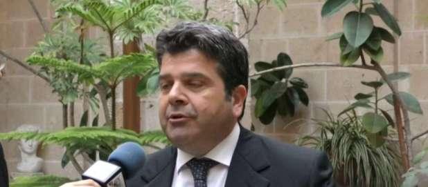 Il Prefetto di Taranto sospende Sindaco di Lizzano per abuso d'ufficio