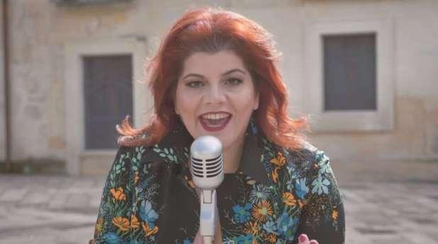 Lucia Minutello, Le Giravolte