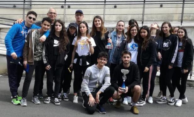 Il De Sanctis-Galilei vince la gara provinciale di orienteering nei campionati studenteschi,  si vola alla fase regionale