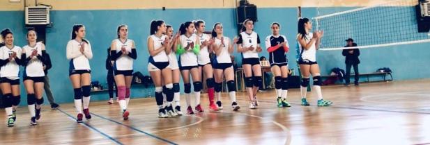 """Secondo posto alle finali regionali di Volley per le """"Leonesse"""" del  Liceo De Sanctis Galilei"""