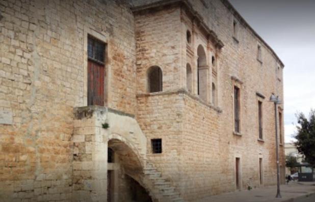 Fortezze e Castelli di Puglia: Il Castello di Loseto