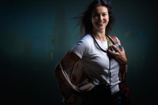 Certe donne: Ornella Mellone, i colori del viaggio.