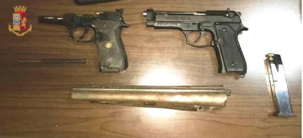 Sorpresi con armi clandestine, denunciati due fratelli