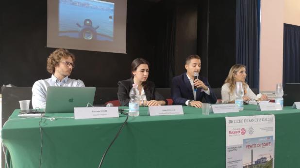 """Proiezione al De Sanctis Galilei del pluripremiato docu-film """"Vento di Soave"""""""