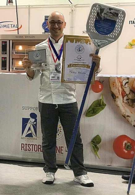 """Con """"TOUR IN PUGLIA"""" Paolo Bruno conquista il 2° posto al Campionato Europeo della Pizza a Londra"""