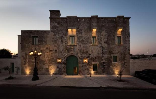 Fortezze e Castelli di Puglia: Palazzo Ducale Venturi di Minervino di Lecce