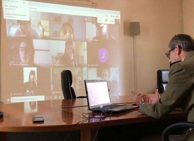 Al Liceo De Sanctis-Galilei, la cultura della difesa anche online