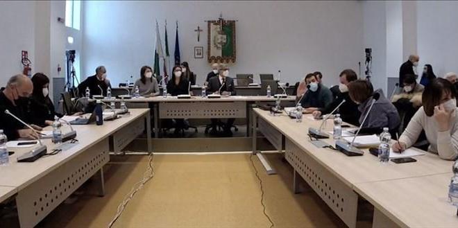Codacons Manduria: la diretta streaming delle commissioni consiliari di Manduria deve essere autorizzata per i cittadini