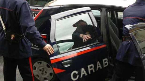 Sava. Cerca di aggredire i carabinieri. Tratto in arresto per resistenza a Pubblico Ufficiale