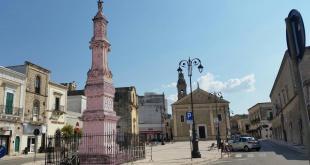 """Sava is pink! """"Follia virtuale"""" la colonna di San Giovanni tinta di rosa"""