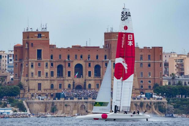 Italy Sail Grand Prix: nella prima giornata a Taranto, testa a testa tra USA e Japan SailGP Team