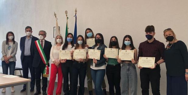 Il comune di Manduria premia le sue giovani eccellenze