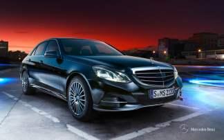 mercedes-e300-hybrid-parking