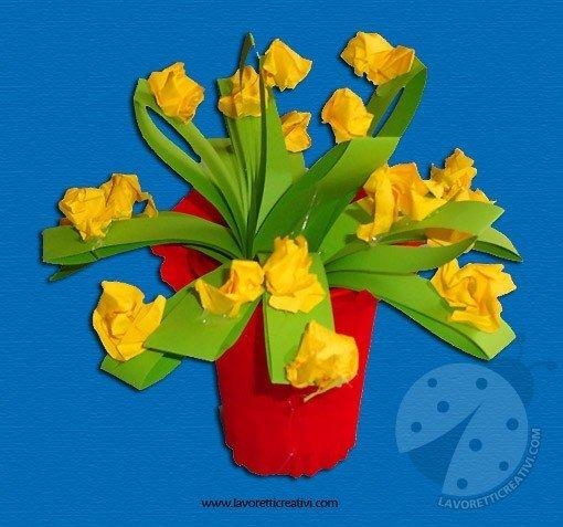 Lavoretti festa della mamma vaso con fiori lavoretti for Fiori semplici