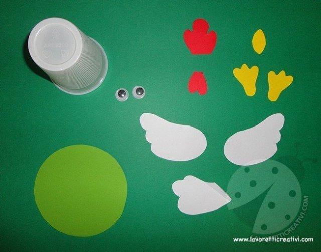 gallina-pasqua-bicchiere-plastica1