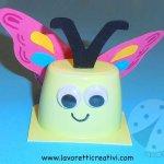 Come creare una farfalla con un vasetto dello yogurt
