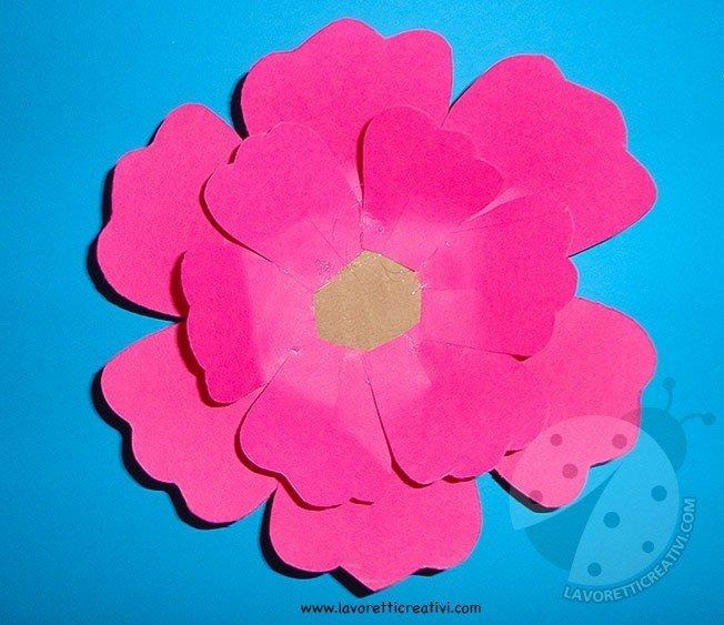 Come fare fiori di carta  Lavoretti Creativi