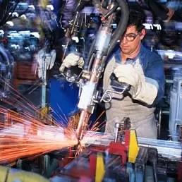 Tra aprile e giugno l'occupazione è cresciuta, la disoccupazione è calata, ma sono diminuite le ore lavorate