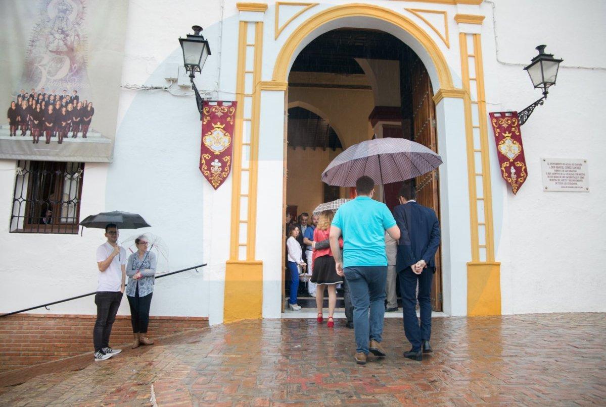 La lluvia obliga a cancelar la procesión del Dulce Nombre