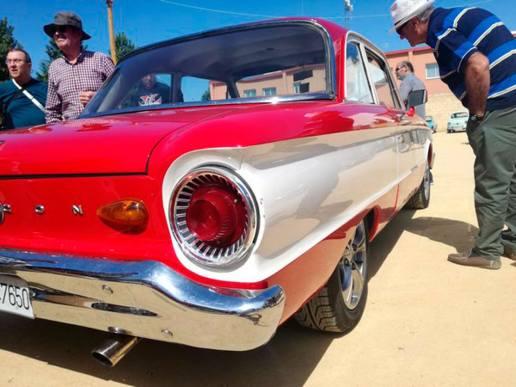 XXX-concentración-coches-antiguos-3